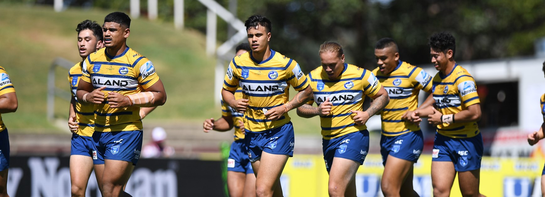 Eels Jersey Flegg run down by Mounties