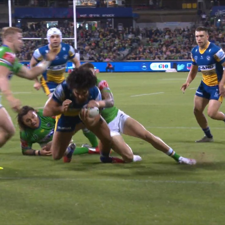 Papali'i crushes Papalii for Eels' first try