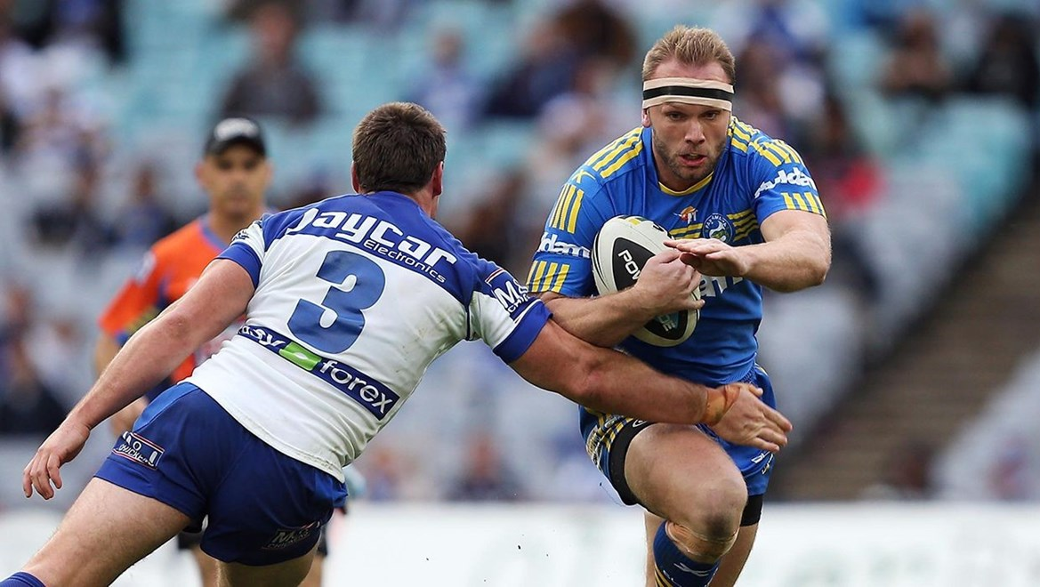 Dyldam Parramatta Eels forward David Gower in action against the Bulldogs. Photo: Robb Cox © Action Photographics