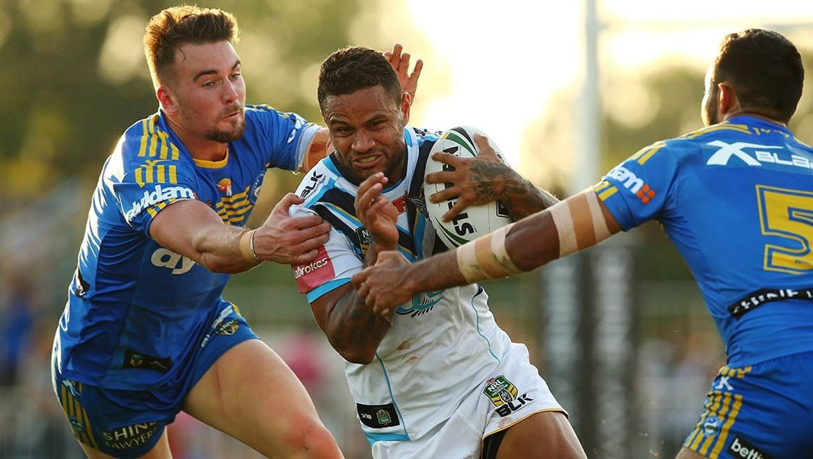 Josh Hoffman in action against the Parramatta Eels. Photo by Mark Nolan