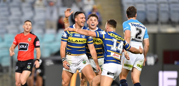 Eels v Titans in photos