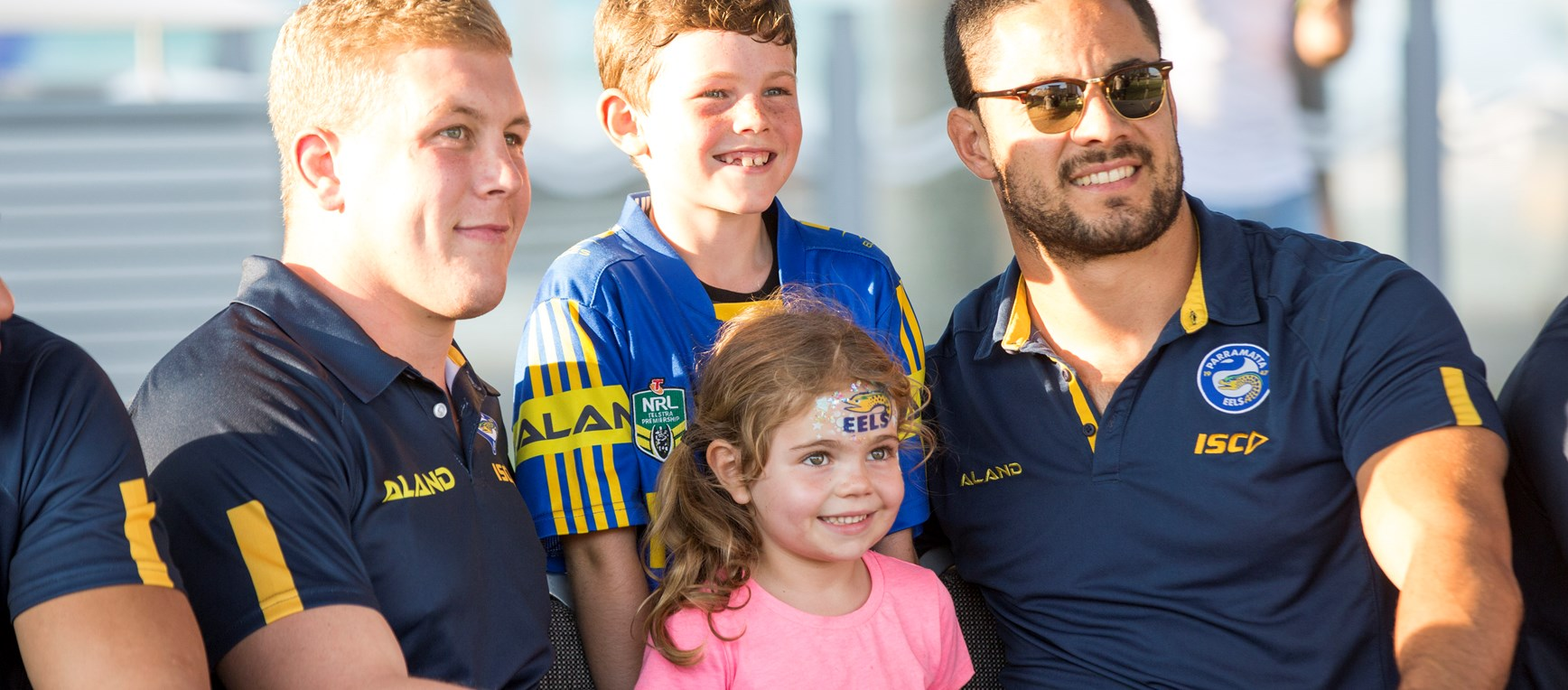 Eels hold Darwin signing session