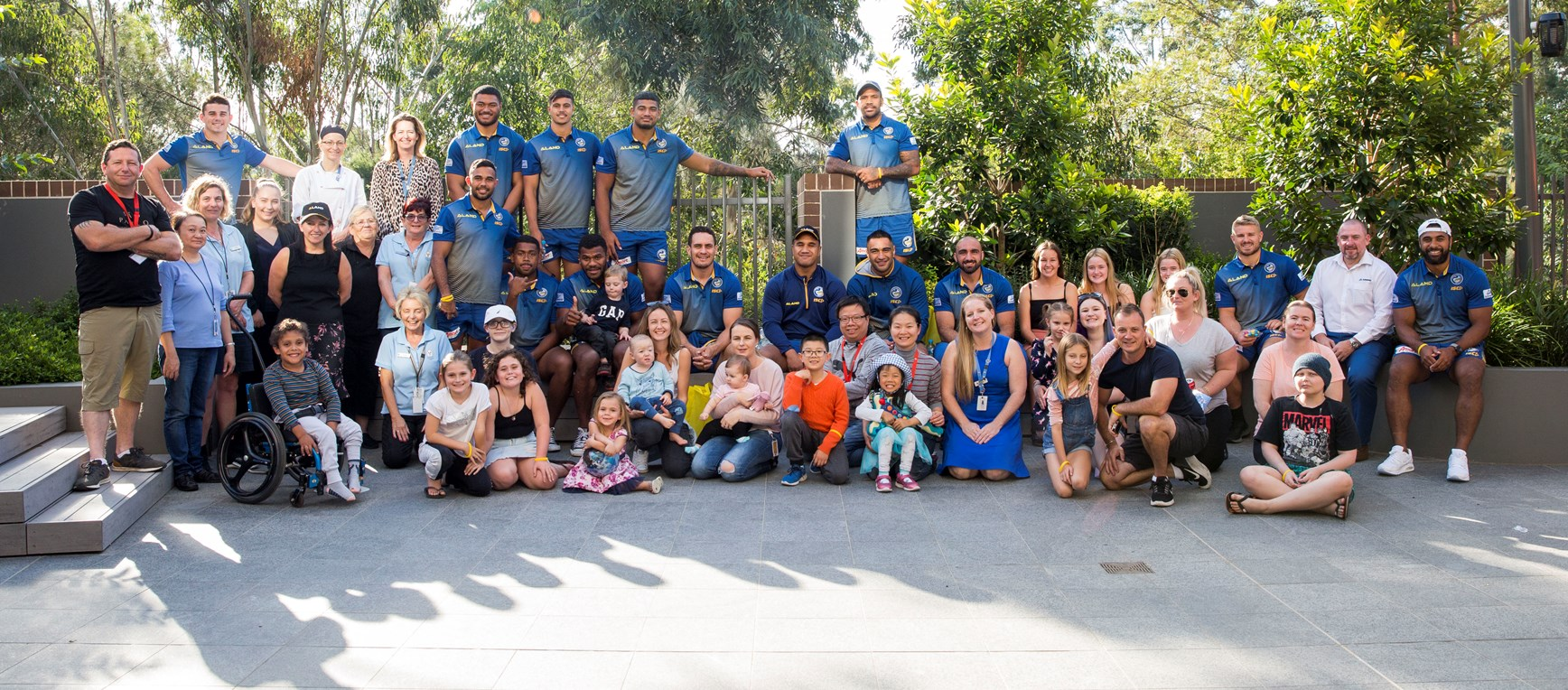 Eels visit RMH & CHW over Easter